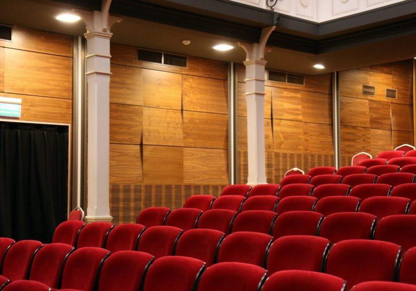 auditorium-chairs-comfortable-concert-269140